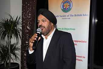 Dr Ravi Gidar